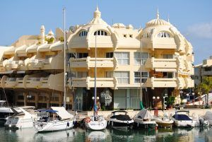 work for expats in Benalmadena