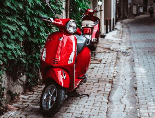 Edad carnet conducir moto en España
