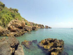 playa caleta de maro