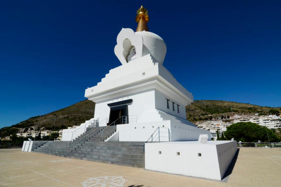 benalmadena stupa marbesol