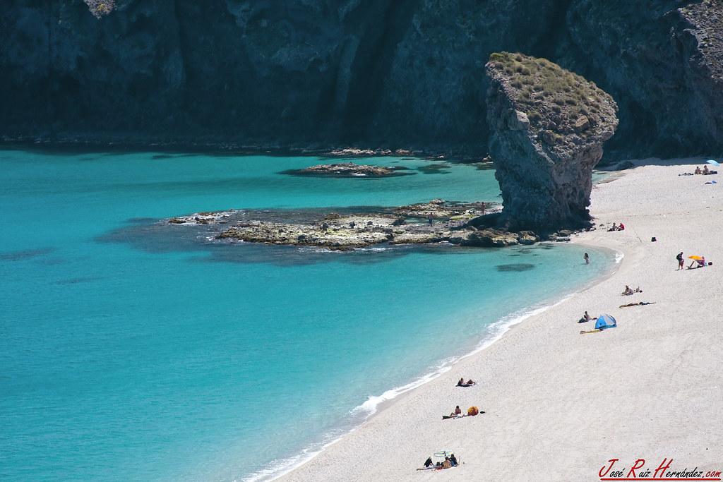 Playa de los muertos Almeria Marbesol