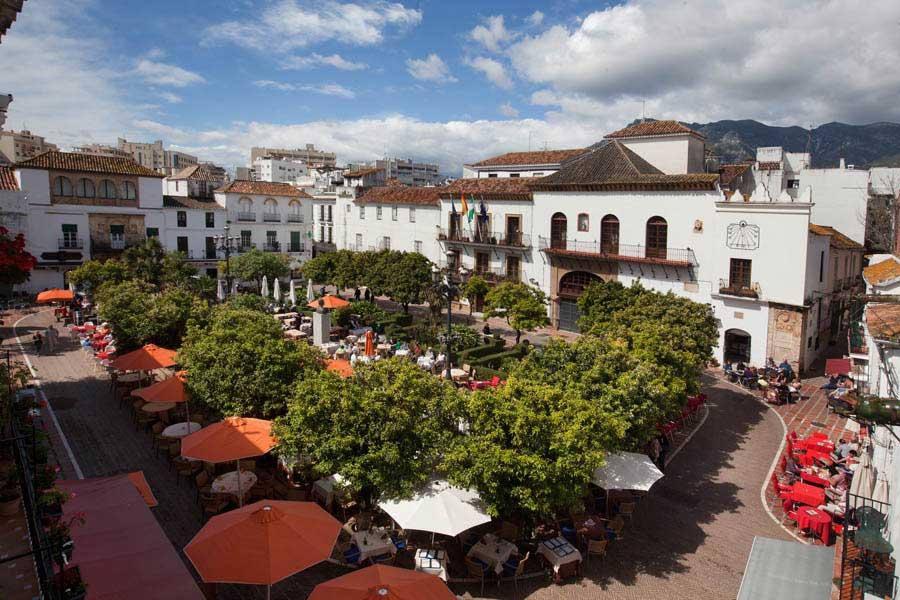 plaza naranjos marbella marbesol